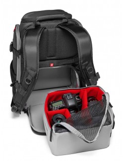 Mochila Manfrotto Rear Backpack con bolso extraible